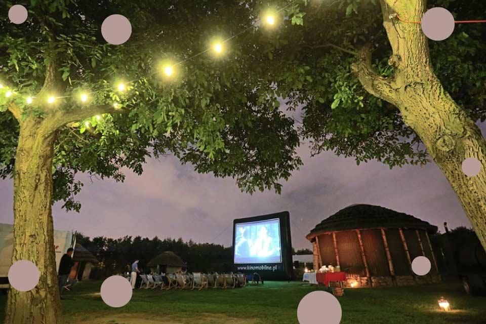 Kino Letnie w Wioskach Świata