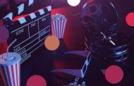 Kino plenerowe w ogrodzie Centrum Młodzieży